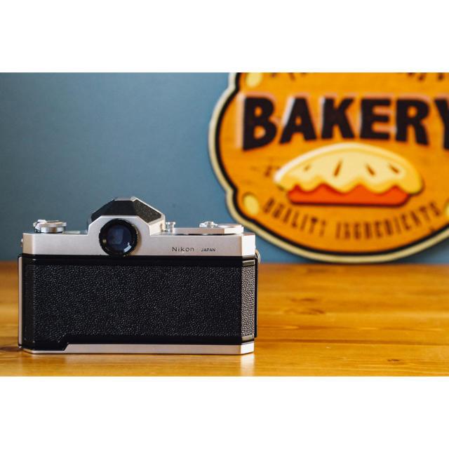 Nikon(ニコン)の実写済み‼️nikomat FTN 明るい大玉レンズ付き‼️フィルムカメラ スマホ/家電/カメラのカメラ(フィルムカメラ)の商品写真