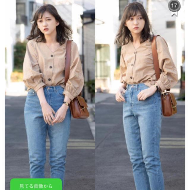 GU(ジーユー)のベージュブラウス レディースのトップス(シャツ/ブラウス(長袖/七分))の商品写真