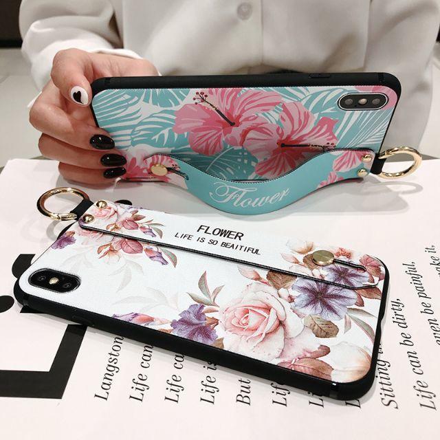 在庫限り! iPhoneX iPhoneXS カバー ケース フラワーブラック スマホ/家電/カメラのスマホアクセサリー(iPhoneケース)の商品写真