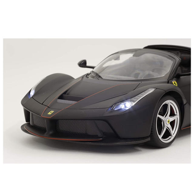 Ferrari(フェラーリ)の1/14 ラ フェラーリ アペルタ ブラック(手動開閉ドア&ドリフト) エンタメ/ホビーのおもちゃ/ぬいぐるみ(ホビーラジコン)の商品写真