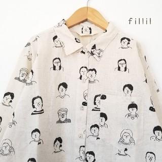 merlot - 春の新作*フィリル モノクロームな人々柄のシャツ