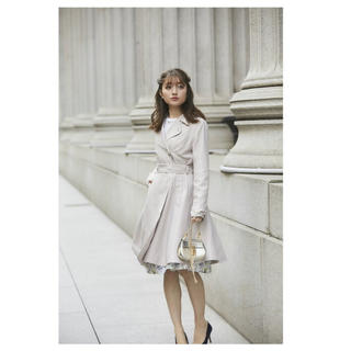 トッコ(tocco)の新品 トッコ 品のいいお嬢さん風袖りぼんドレストレンチコート(トレンチコート)