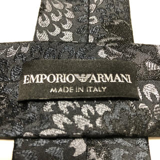 Emporio Armani - エンポリオ アルマーニ(EMPORIO ARMANI)花柄デザインネクタイ