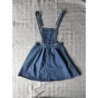 スピンズ(SPINNS)のデニム サロペットスカート ジャンパースカート(ひざ丈スカート)