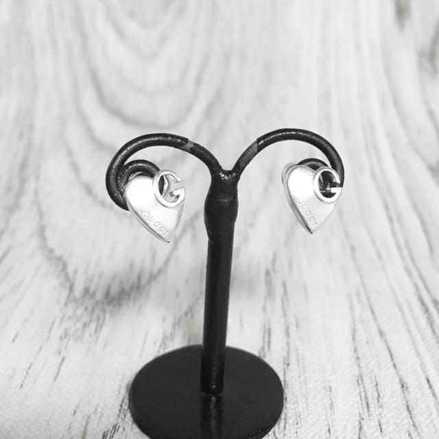 ヴェルサーチ 時計 スーパー コピー - Gucci - 正規品 グッチ ピアス ハート シルバー SV925 ロゴ ミニ G マーク 2の通販