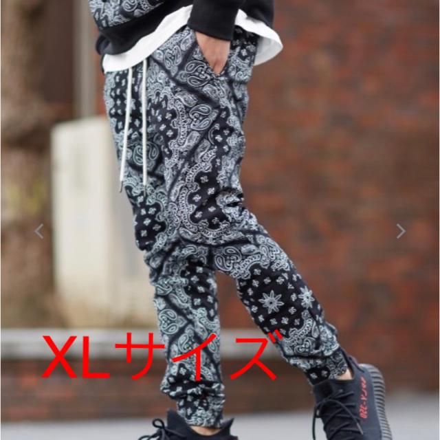 Supreme(シュプリーム)のジョガーパンツ スキニーパンツ バンダナ柄 ペイズリー柄 メンズのパンツ(ワークパンツ/カーゴパンツ)の商品写真