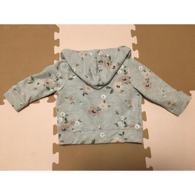 babyGAP(ベビーギャップ)の【rinco様専用】baby GAP 花柄パーカー サイズ80 キッズ/ベビー/マタニティのベビー服(~85cm)(トレーナー)の商品写真