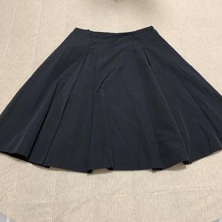 ニジュウサンク(23区)の【美品】23区 黒スカート(ひざ丈スカート)