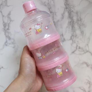 サンリオ - 【新品】ハローキティ 海外限定 ミルクケース 離乳食保存 ミルカー 三段 ピンク