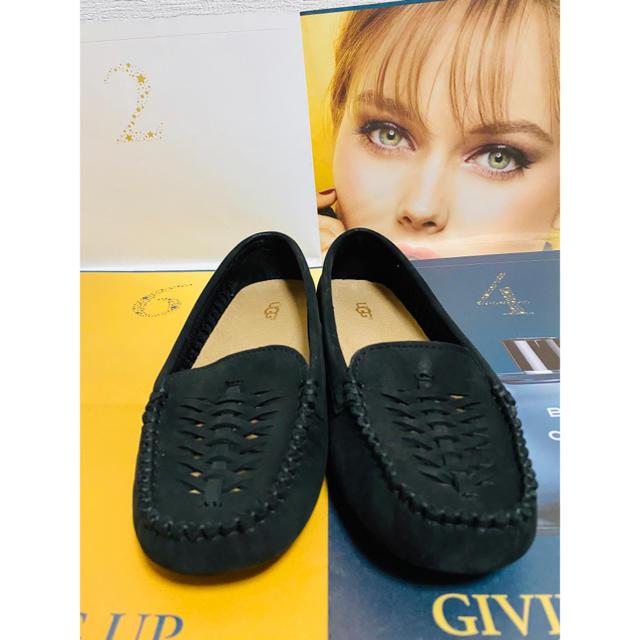 UGG(アグ)のUGG/アグ クレア パンチングレザー ローファー 23cm レディースの靴/シューズ(スリッポン/モカシン)の商品写真