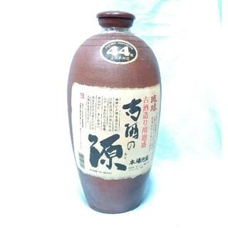 新里酒造 古酒の源 瓶入泡盛44度 琉球泡盛1.8リットル 15年物(焼酎)