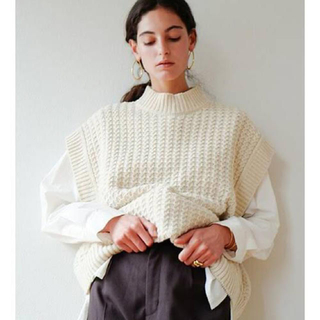 STUDIOUS - CABLE KNIT VEST CLANE クラネ