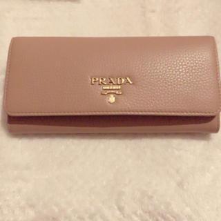 PRADA - 【新品•未使用品★残り1つ】PRADA プラダ ベージュ長財布