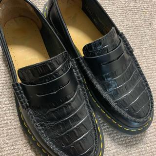 ステューシー(STUSSY)のDr.MartensとSTÜSSY コラボシューズ(ローファー/革靴)