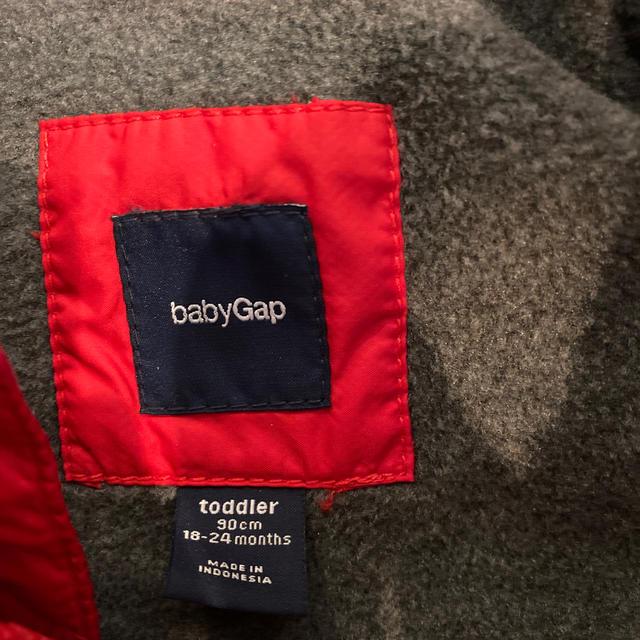 babyGAP(ベビーギャップ)のbaby Gap ベスト 90cm キッズ/ベビー/マタニティのキッズ服男の子用(90cm~)(ジャケット/上着)の商品写真