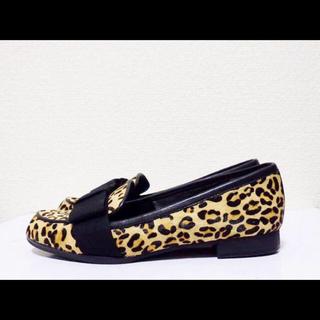 ダイアナ(DIANA)の22cm*美品*DIANA 豹柄 ハラコ ローファー パンプス フラットシューズ(ローファー/革靴)