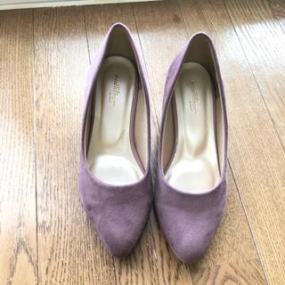 試し履きのみ 紫パンプス21.5cm(ハイヒール/パンプス)