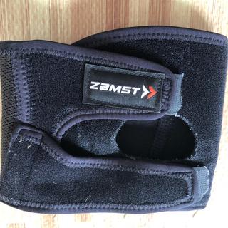 ザムスト(ZAMST)のヒザ用サポーター 左右兼用 Mサイズ(トレーニング用品)
