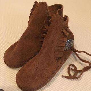 ミネトンカ(Minnetonka)のミネトンカ 8  靴、VANS  Tシャツセット(ブーツ)