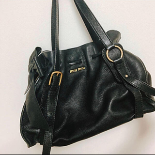 miumiu - miumiu ❤︎ ハンドバッグ