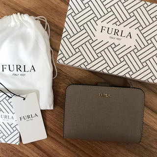 Furla - 新品!フルラ 二つ折り財布 グレー サッビア