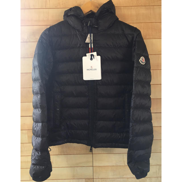 MONCLER(モンクレール)のMONCLER ROOK ダウンジャケット メンズのジャケット/アウター(ダウンジャケット)の商品写真