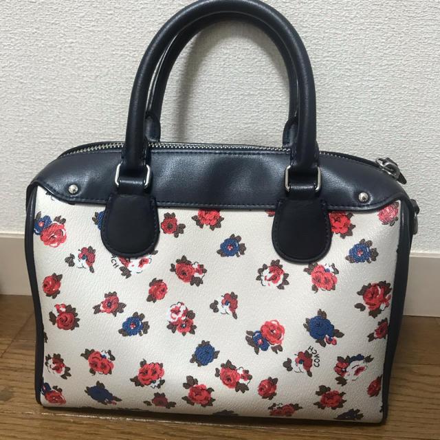 COACH(コーチ)のCOACH 花柄 バッグ レディースのバッグ(ハンドバッグ)の商品写真