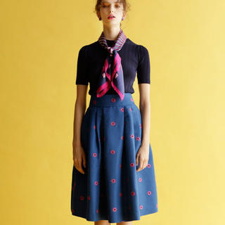 REDYAZEL - redyazel フラワー刺繍タックフレアスカート