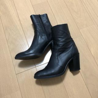 ドゥーズィエムクラス(DEUXIEME CLASSE)の美品  定価30,000 Jeffrey Campbell ショートブーツ(ブーツ)