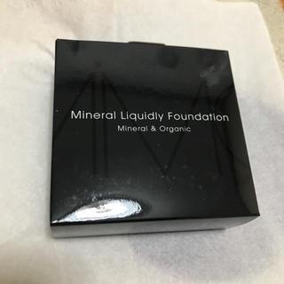 エムアイエムシー(MiMC)のmimc ミネラルリキッドリーファンデーション リフィル 102 新品(ファンデーション)