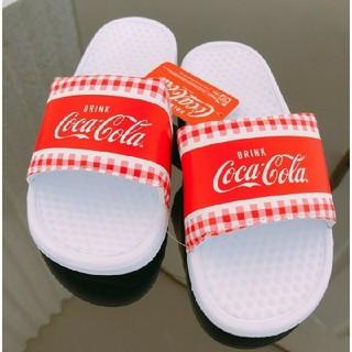コカコーラ(コカ・コーラ)の送料無料 新品 コカ・コーラ ベナッシ 26.5センチ 送料込み 白(サンダル)