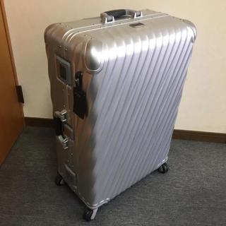 トゥミ(TUMI)のTUMI /トゥミ アルミ ハードスーツケース 定価148000円(トラベルバッグ/スーツケース)