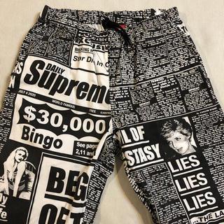 Supreme - 【S】Supreme Newsprint Skate Pant