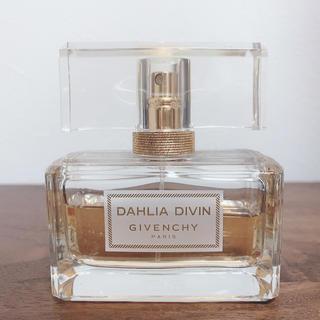 ジバンシィ(GIVENCHY)の【GIVENCHY】DAHLIA DIVIN 50ml(香水(女性用))