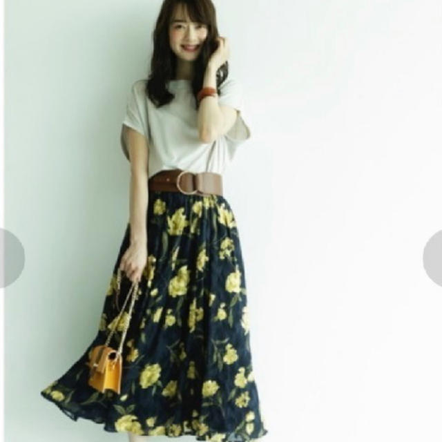 JUSGLITTY(ジャスグリッティー)の💗ジャスグリッティー💗花柄スカート💗 レディースのスカート(ひざ丈スカート)の商品写真