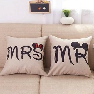 ディズニー(Disney)のクッションカバー ミッキーとミニーのデザイン(クッションカバー)