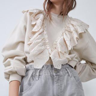 ZARA - ZARA🤍刺繍入りフリルトリム付きスウェットシャツ