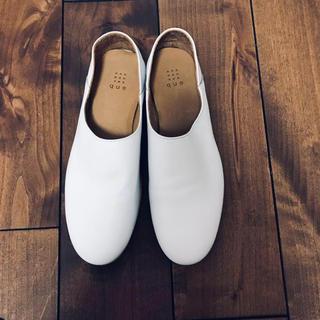ネストローブ(nest Robe)のque shoes プレーン ホワイト Lサイズ(バレエシューズ)