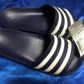 adidas - アディレッタアクア、27.5cm 新品、未使用 カラー定番のブルー 最安値‼️