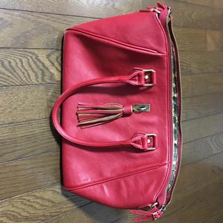 アクセサリーズブラッサム(Accessories Blossom)の ブランド   赤のハンドバッグ(ハンドバッグ)