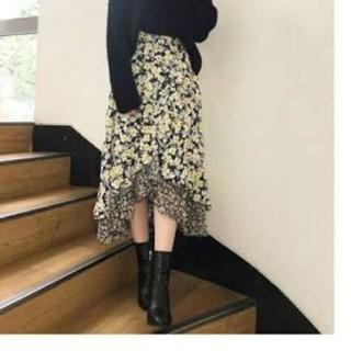 MERCURYDUO - 完売品 MERCURYDUO   ミニフラワーイレヘム切替スカート