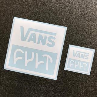 ヴァンズ(VANS)の【2枚セット 白】 VANS × CULT スクエアロゴ カッティングステッカー(車外アクセサリ)