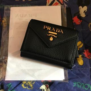 PRADA - PRADA 三つ折り財布 美品