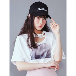 イートミー(EATME)のeatme クロスグラフィックTシャツ(Tシャツ/カットソー(半袖/袖なし))