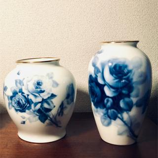 オクラ(OKURA)の大倉陶園 花瓶 OKURA  ブルーローズ 2種類(花瓶)