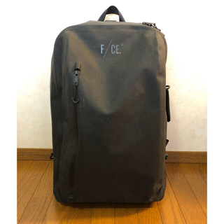 MOUNTAIN RESEARCH - F/CE. NO SEAM 2WAY TROLLEY CASE  black