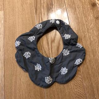 プティマイン(petit main)のアナベル刺繍 つけ襟スタイ(スタイ/よだれかけ)