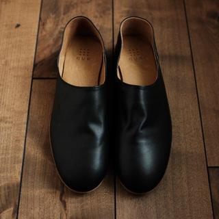 ネストローブ(nest Robe)のque shoes プレーン ブラック Mサイズ(バレエシューズ)