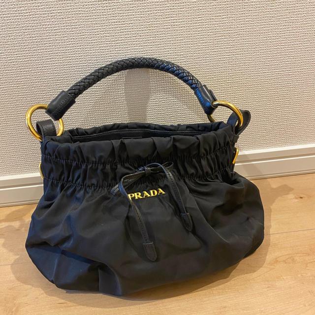 PRADA(プラダ)のプラダ レディ ナイロン バッグ リボン付き ブラック レディースのバッグ(ハンドバッグ)の商品写真