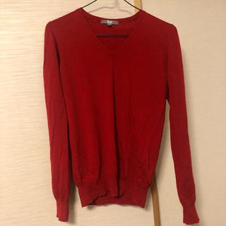 ユニクロ(UNIQLO)の🟢🟨大幅最終値下げ‼️UNIQLO Vネックセーター(ニット/セーター)